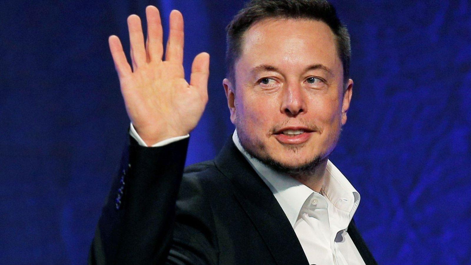 https://fortuneinsight.com/web/wp-content/uploads/2019/03/Musk-deletes-Fortnite.jpg